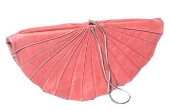 Розовый веер